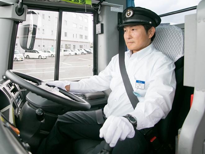正社員】バス運転手(士) ※福岡...